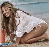 Hello - August 2008 (8-2008c) United Kingdom - Booo she's getting fat again! Bring back anorexic Geri Halliwell!! Foto 187 (Hello - Август 2008 (8-2008c) Соединенное Королевство - Booo она потолстеть снова!  Фото 187)