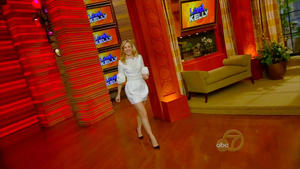 Rachel McAdams - Live! with Kelly, Jan 31_2012  720p,updatedVID  mp4 caps, miniskirt & legs