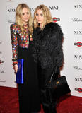 Olsen twins (Сестры Олсен: Мэри-Кейт и Эшли) - Страница 5 Th_95413_mary-kate_and_ashley_olsen_nine_premiere_tikipeter_celebritycity_015_123_927lo